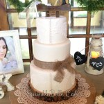 lace burlap wedding cake